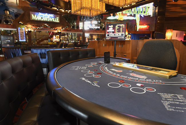 Amateurs Casino Poker Tips However Forget Simply A Couple Of Easy Points